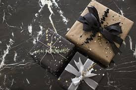 black wrapping paper 11 clever diy christmas gift wrap ideas