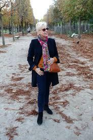 travel fall color in paris une femme d u0027un certain âge