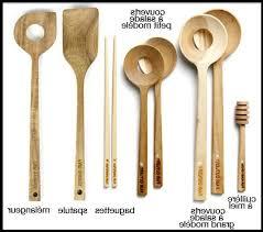 un ustensile de cuisine ustensile cuisine design great ustensile cuisine bois design