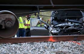 suv hits train in la marque two injured houston chronicle