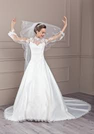 tati robe de mariage robe de mariée berlioz de tati mariage