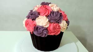 decoration cupcake anniversaire tuto cupcake géant giant cupcake tutorial william u0027s kitchen