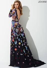 beautiful long sleeve floral print fitted dress features an a line