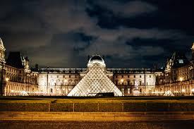 travel guide paris u2014 toyosi oyelola