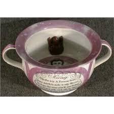 pot de chambre mariage un pot de chambre de mariage en poterie de staffordshire lustrée du
