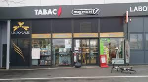 bureau de tabac ouvert les jours férié les 3 cygales bureau de tabac angers 27 avis 10 photos