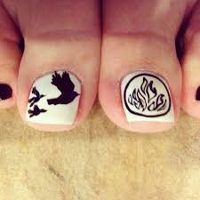 my divergent toes my nail rocks divergent nailart