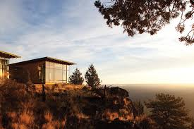 famous tree houses the famous tree house in oregon designed by james cutler wsj