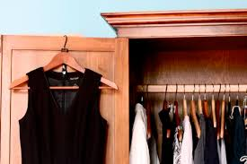 how to downsize how to downsize your wardrobe with common sense small notebook