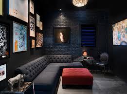 déco canapé noir 12 superbes décorations de salon avec un canapé noir bricobistro
