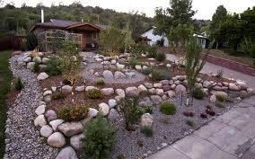 Pea Gravel Front Yard - xeric landscaping in durango colorado native u0026 drought tolerant