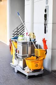 société de nettoyage de bureaux tarif horaire pour une société de nettoyage le matin à vendargues