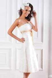 kurze brautkleider mit schleppe kurze brautkleider für einen stilvollen look modelle tipps für