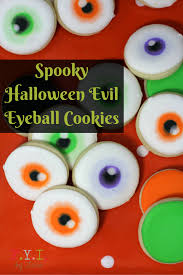 spooky halloween evil eyeball cookies 1 png