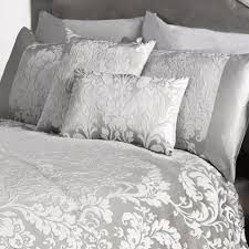 Bedspread And Curtain Sets Bedroom Design Ideas White And Silver Bedding Set And Curtain