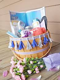 8 essential items in a mother u0027s day spa gift basket u2022 beauty and