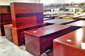 pre owned desks officemakers com office furniture stores in