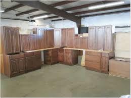 kitchen cabinet auction auction kitchen cabinets vin home