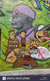 hosier lane a pedestrian street where graffiti artists paint on