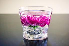 Flower Arrangements In Vases Diy Submerged Flower Arrangements
