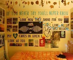 bedroom lyrics in letters above bed if your not here to turn the lights off i can