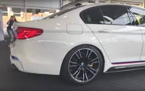 prototype drive 2018 bmw m5 video 2018 bmw m5 with m performance exhaust sound check