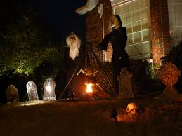 18 best photos of outside halloween decorations witch outdoor