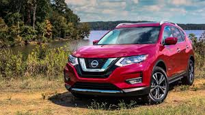 nissan rogue 2017 2017 nissan rogue hybrid undercuts toyota rav4 by almost 3 000