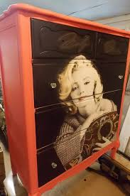 Marilyn Monroe Bedroom by Marilyn Monroe Dresser All Things Marilyn Pinterest Dresser