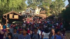 tdw 1639 how busy is disney world christmas day youtube