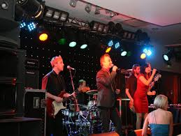 the bizz wedding band casino hire selfie mirror wedding bands photo booth hire