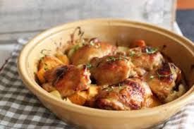 cuisiner des cuisse de poulet cuisses de poulet et pommes de terre au four recettes de cuisine
