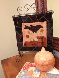 halloween nick nacks lizards bats and halloween quilts oh my stitches of love