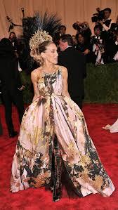 pippa middleton wedding dress designer giles deacon things to know