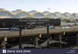 Dca Airport Map Ronald Reagan National Airport Dca Metro Station Near