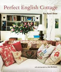 English Cottage Designs by Perfect English Cottage Ros Byam Shaw 9781845979041 Amazon Com