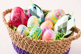 Decorating Easter Eggs With Nail Polish by How To Decorate Easter Eggs With Nail Polish Brit Co