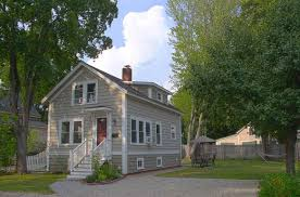 5 morton street rochester nh 03867 mls 4657076 coldwell banker