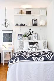 top 25 best casual bedroom ideas on pinterest bedroom shelving some people like a minimalist approach while others have bedroom ideas that are quite extravagant take look the 20 small bedroom design ideas