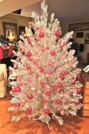 silver tinsel christmas tree vintage christmas tree debbie orcutt christmas of olde