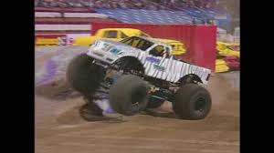 monster truck videos freestyle freestyle little tiger monster jam world finals 2004 youtube