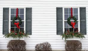 window wreaths winter window boxes lowe s creative ideas