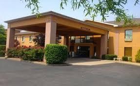 Comfort Suites Newport Ky Comfort Inn U0026 Suites Benton