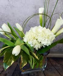 using flowers to fill your home with the look and feel of spring