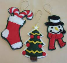 felt christmas ornaments free craft project