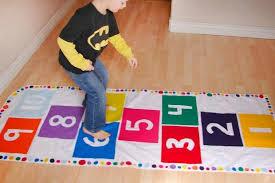 tappeto di gomma per bambini tappeti fai da te per bambini tante originali idee per la