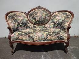 vintage victorian style sofa antique victorian sofa couch vintage victoria 46188 evantbyrne info