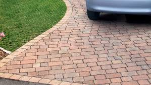 Garden Paving Ideas Uk Drivesett Tegula Priora Permeable Block Paving Traditional