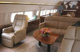 Aaa Business Interiors Gold Plated Private Jet Of The Ukrainian President Business Insider