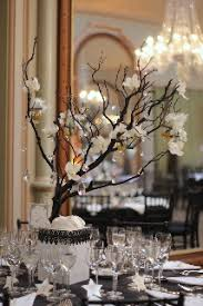Manzanita Branches Centerpieces Guests For Dinner Six Tips From A Pro To Make Your Party Rock
